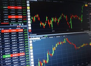 Why You Should Trade with Trade12? Here are the Reasons